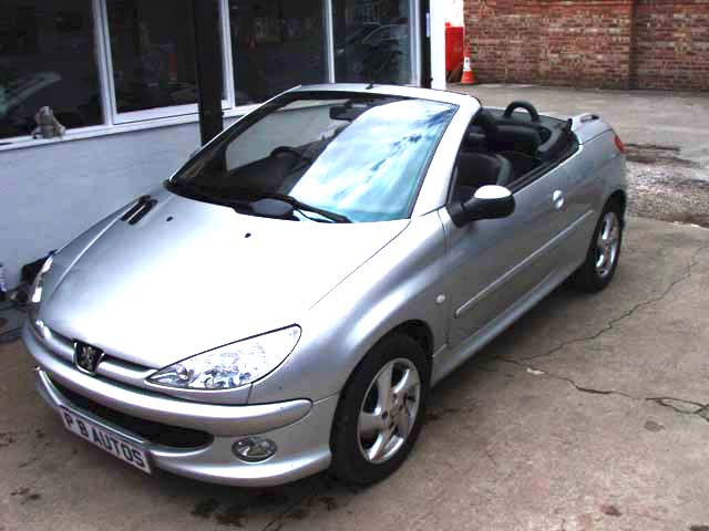 206 cc convertable coupe in stretford manchester